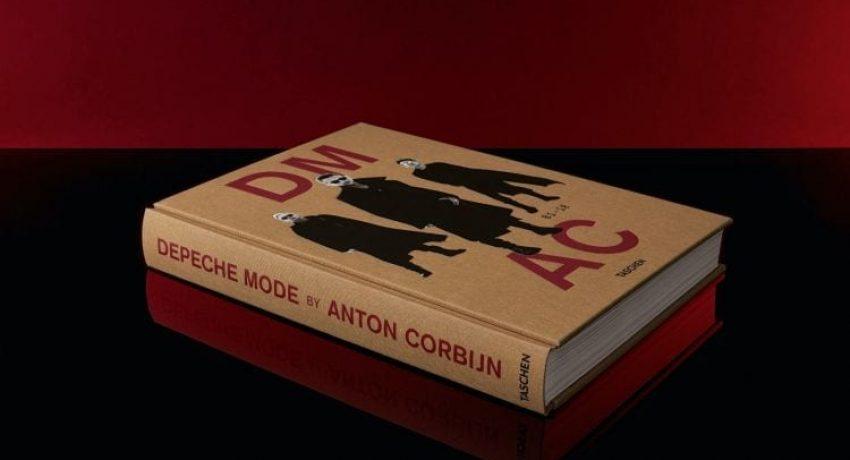 corbijn_depeche_mode_ce_int_book002_x_66929_2010281552_id_1329116