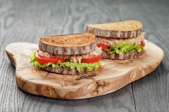 ANOIGMA-sandwich-575x383