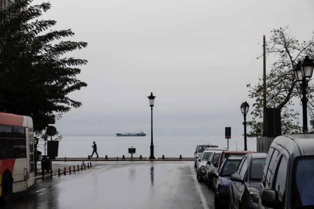 Third day of the second phase of the universal lockdown due to the outbreak of COVID-19 disease cases in Thessaloniki, Greece November 5, 2020. / Τρίτη μέρα της δεύτερης φάσης του καθολικού lockdown λόγω της έξαρσης των κρουσμάτων της νόσου COVID-19 στην πόλη της Θεσσαλονίκης, 5 Νοεμβρίου 2020.