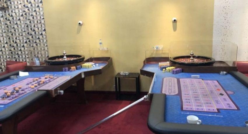 mini-kazino-paranomo-athin-3