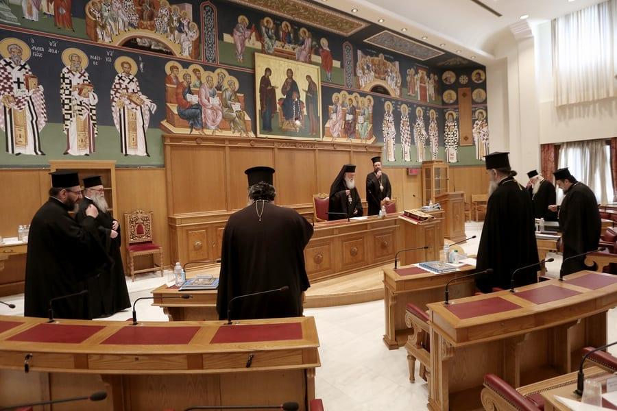 Ο αρχιεπίσκοπος Ιερώνυμος προεδρεύει στη συνεδρίαση της Ιεράς Συνόδου της Εκκλησίας, την Πέμπτη 30 Απριλίου 2020. Συνεδριάζει η Ιερά Σύνοδος με θέμα την επαναλειτουργία των εκκλησιών, μετά τα αυστηρά περιοριστικά μέτρα λόγω του κορονοϊού. ΑΠΕ-ΜΠΕ/ΑΡΧΙΕΠΙΣΚΟΠΗ ΑΘΗΝΩΝ/ΧΡΗΣΤΟΣ ΜΠΟΝΗΣ