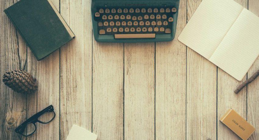 typewriter-801921_1280-1200x800