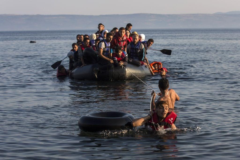 22443975_APTOPIX-Greece-Migrants.JPEG-0cd13-1024x683