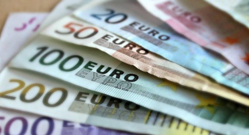 evro-xrimata-pliromi-ape