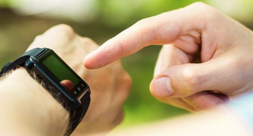 smartwatches_46209561_m-800x480