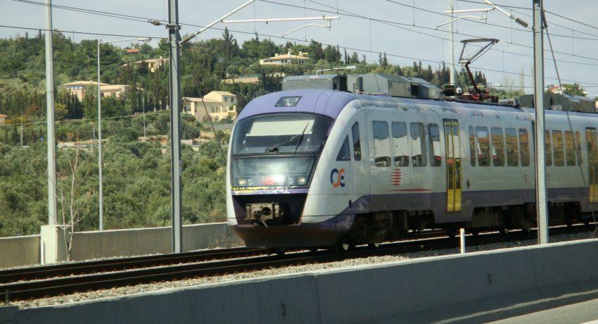 EHGritaly_120304-06_(Athens_suburban_train)