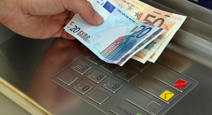 EURO-MONEY-ATM-1