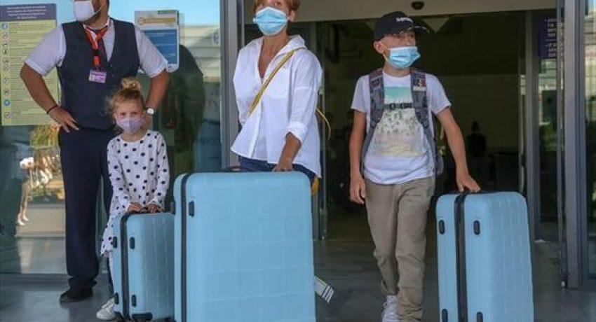 irakleio-aerodromio-touristes