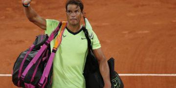 Tennis - French Open - Roland Garros, Paris, France - June 11, 2021 Spain's Rafael Nadal leaves court after losing his semi final match against Serbia's Novak Djokovic REUTERS/Gonzalo Fuentes