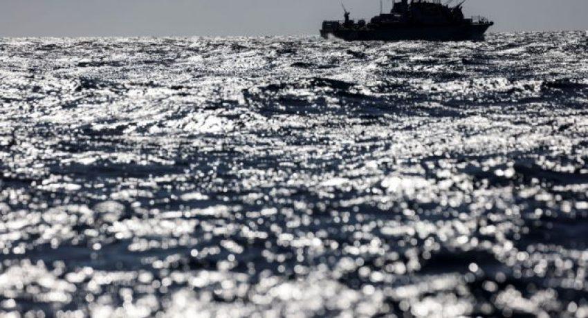 An Israeli naval boat patrol the Mediterranean Sea off the southern Israeli coast as Israel-Gaza fighting rages on May 19, 2021 REUTERS/ Amir Cohen