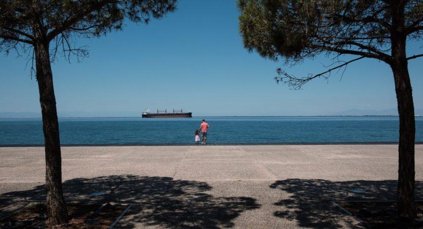 Summer in the city, Thessaloniki, Greece on June 29, 2019. / Καλοκαιρινά στιγμιότυπα απο την παραλία της Θεσσαλονίκης, 29 Ιουνίου 2019.