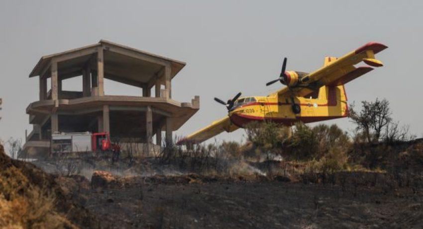 Κατάσβεση φωτιάς στα Συχαινά, Πάτρας στις 29 Ιουλίου, 2021