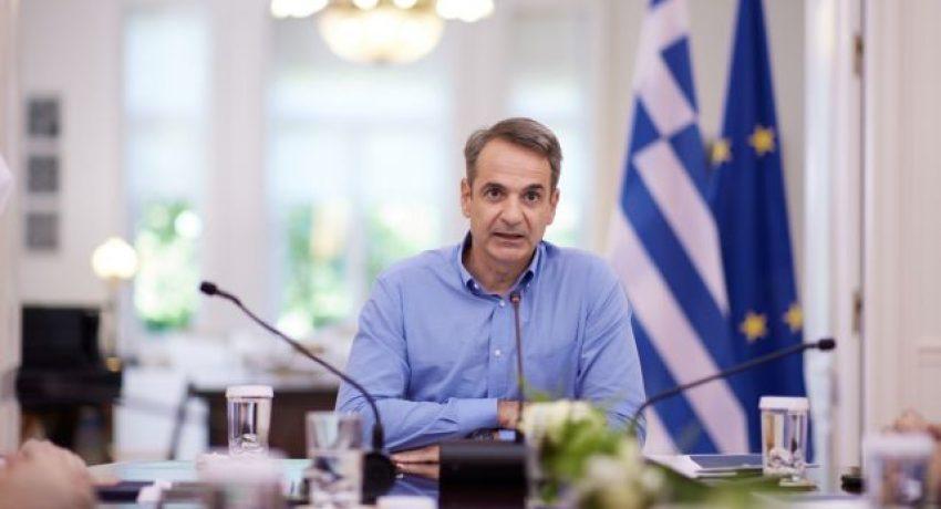 Παρουσίαση μέτρων από τον Πρωθυπουργό Κυριάκο Μητσοτάκη για την ενθάρρυνση των εμβολιασμών, Δευτέρα 28 Ιουνίου 2021. Στην παρουσίαση μετείχαν η Υπουργός Πολιτισμού και Αθλητισμού Λίνα Μενδώνη, ο Υπουργός Ψηφιακής Διακυβέρνησης Κυριάκος Πιερρακάκης, ο Υπουργός Τουρισμού Χάρης Θεοχάρης, ο Υφυπουργός αρμόδιος για θέματα Σύγχρονου Πολιτισμού Νικόλας Γιατρομανωλάκης και ο Υφυπουργός παρά τω Πρωθυπουργώ αρμόδιος για το Συντονισμό του Κυβερνητικού Έργου Άκης Σκέρτσος. (EUROKINISSI/ΓΡΑΦΕΙΟ ΤΥΠΟΥ ΠΡΩΘΥΠΟΥΡΓΟΥ/ΔΗΜΗΤΡΗΣ ΠΑΠΑΜΗΤΣΟΣ)