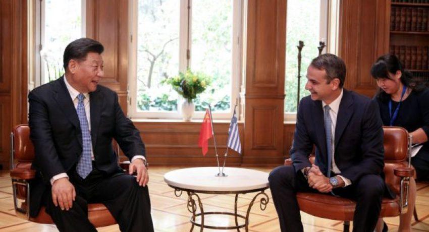 Greece's Prime Ministe, Kyriakos Mitsotakis, meets the General Secretary of the Communist Party of China, Xi Jinping, at Maximos Mansion in Athens, Greece, on November 11, 2019. /  Συνάντηση του Έλληνα πρωθυπουργού, Κυριάκου Μητσοτάκη, με τον Πρόεδρο της Λαϊκής Δημοκρατίας της Κίνας, Σι Τζινπίνγκ, στο Μέγαρο Μαξίμου, Αθήνα, 11 Νοεμβρίου 2019.