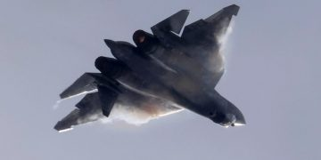A Sukhoi Su-57 jet fighter performs during the MAKS 2021 air show in Zhukovsky, outside Moscow, Russia, July 25, 2021.  REUTERS/Tatyana Makeyeva