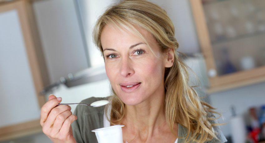 210910212445_woman_yogurt