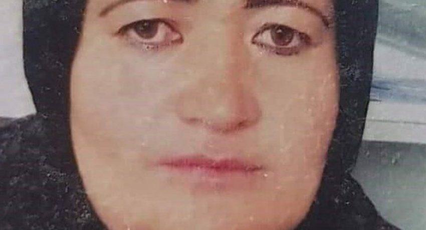 gynaika-afghanistan-astynomikos