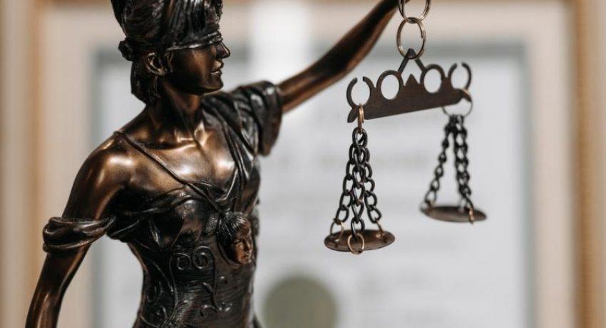 lawyer_dikigoroi
