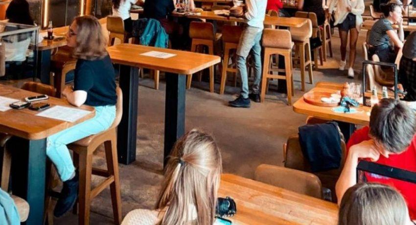 restaurant-family1-1024x495