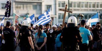 Συγκέντρωση και πορεία ενάντια στην υποχρεωτικότητα του εμβολιασμού στην Αθήνα, Τετάρτη 14 Ιουλίου 2021. Τετάρτη 14 Ιουλίου 2021. (EUROKINISSI/ΒΑΣΙΛΗΣ ΡΕΜΠΑΠΗΣ)